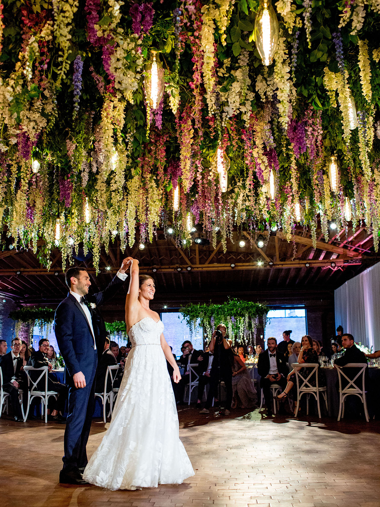 dancing at a rockwell on the river wedding